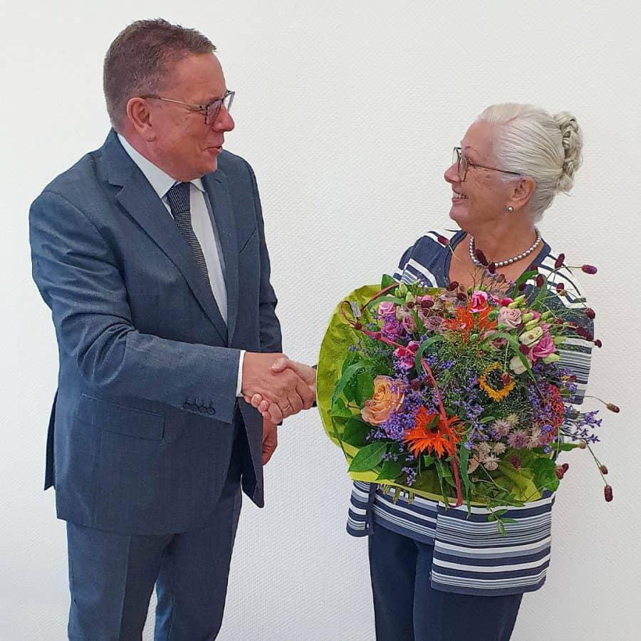 Christoph Nielacny gratuliert Margot Fleck nachträglich zum Geburtstag.